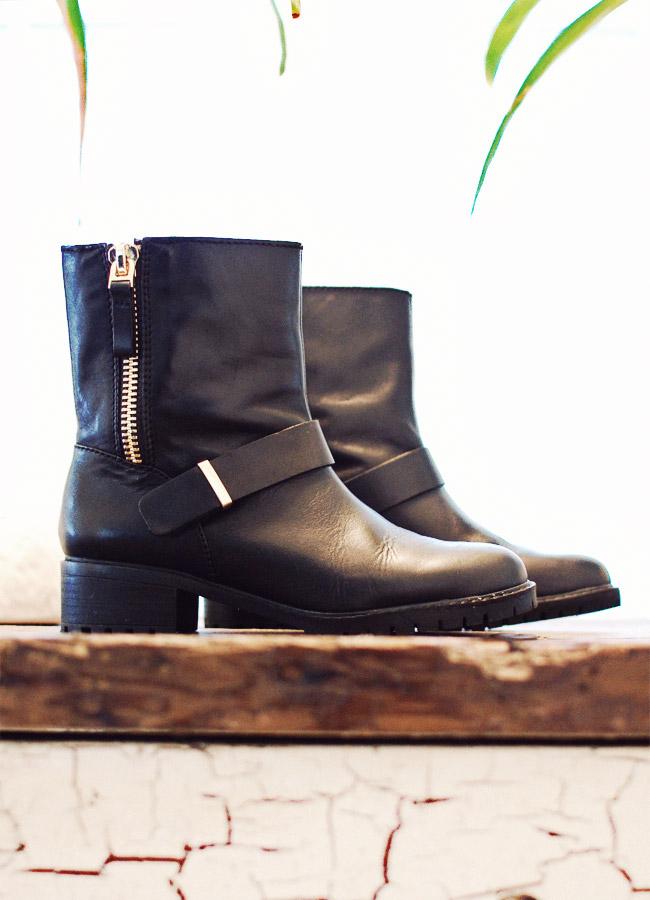 Nubby Twiglet | Zara Black Boots
